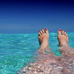 Image for Arabic - Holiday Feet